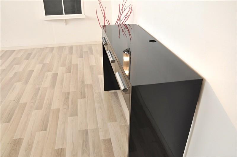 art. Black Bedroom Furniture Sets. Home Design Ideas