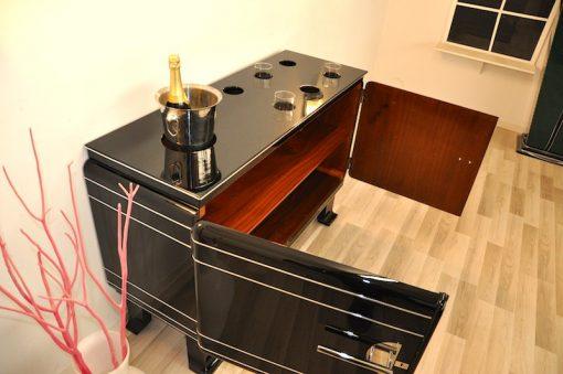 Art Deco Whiskeybar, Hochglanzschwarz