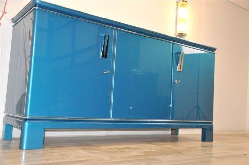 erstaunliche Farbe: Stahlblau Metallic, Chromapplikationen und Chromgriffe, französisches Design der 1940er, sauberes Innenleben, absoluter Eyecatcher!