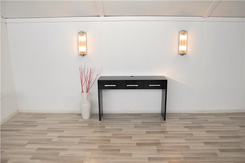 klavierlack konsole im bauhaus stil. Black Bedroom Furniture Sets. Home Design Ideas