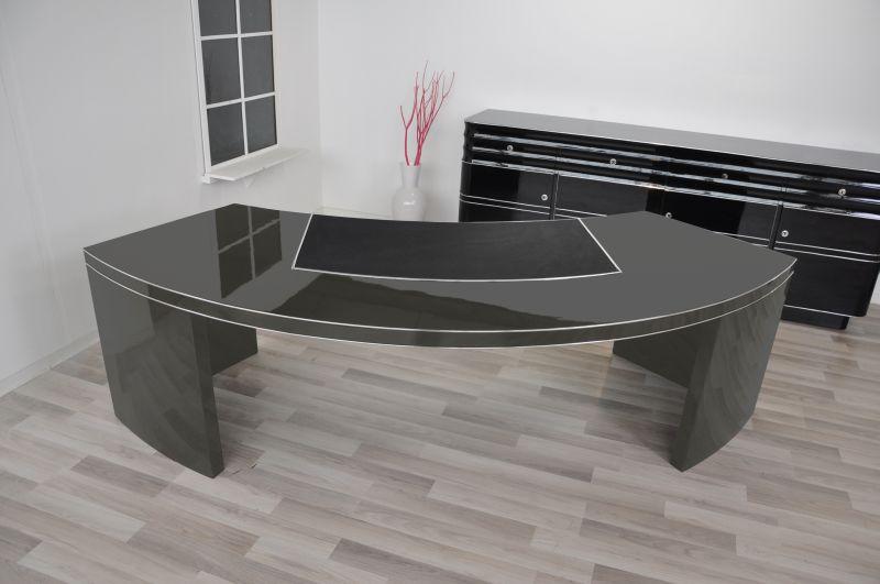usa bauhaus chef schreibtisch xxl mit halbrunder form in. Black Bedroom Furniture Sets. Home Design Ideas
