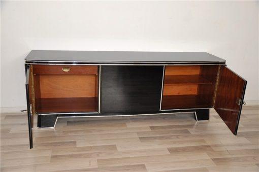 Art Deco Lowboard, Klassisches Design