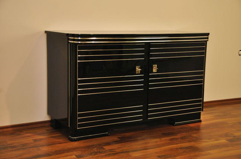 liste d 39 envies de cl ment f peinture rouge top moumoute. Black Bedroom Furniture Sets. Home Design Ideas