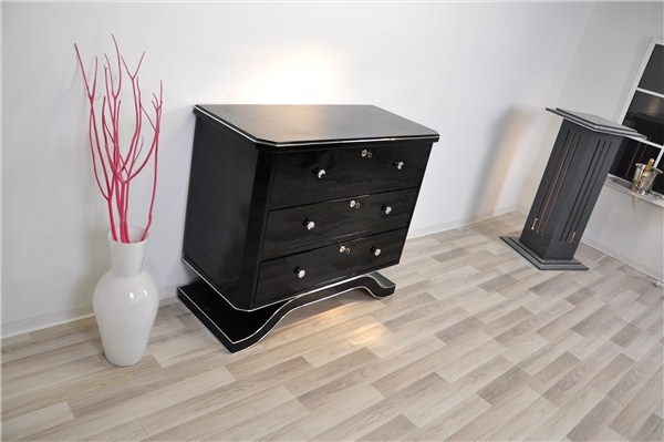 art deco kommode mit geschwungenem fuss in hochglanzschwarz ebay. Black Bedroom Furniture Sets. Home Design Ideas