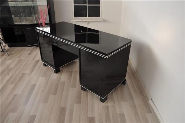 liste de cr maill re de lilian q et margaux q chapeau bureau sloggi top moumoute. Black Bedroom Furniture Sets. Home Design Ideas