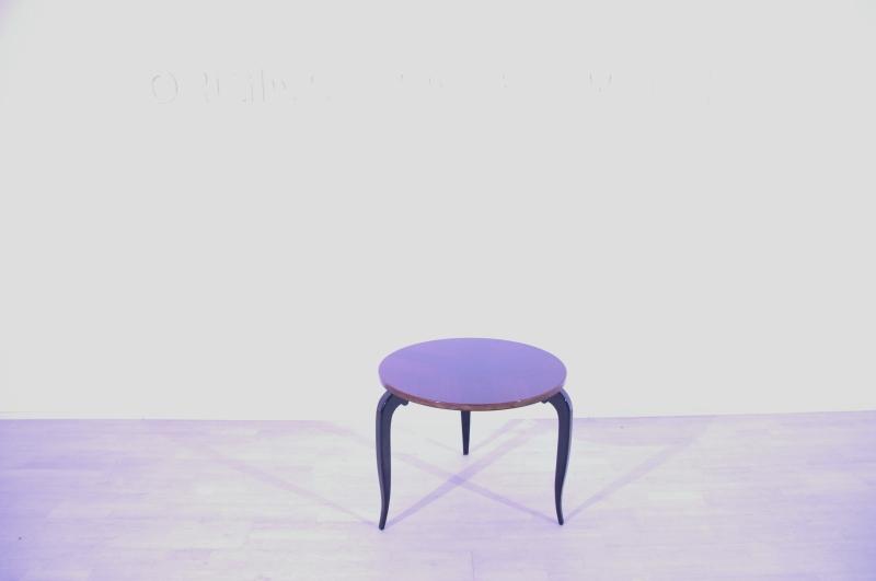 runder beistelltisch dreibein art deco original antike m bel. Black Bedroom Furniture Sets. Home Design Ideas