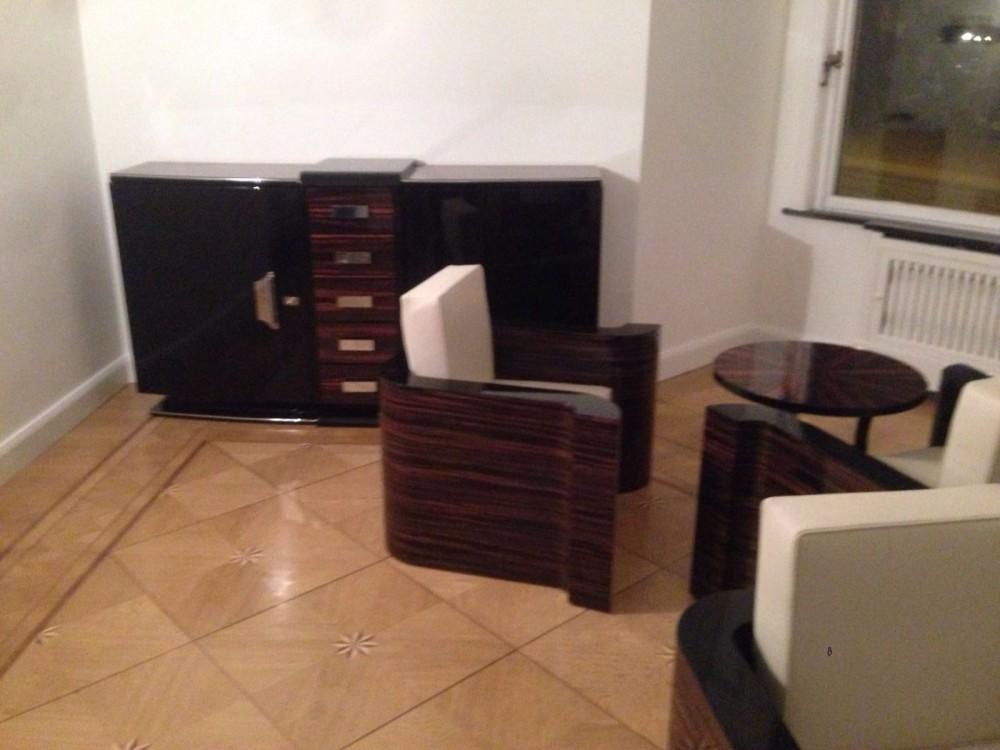 oam richtet zahnarztpraxis in bremen ein original antike. Black Bedroom Furniture Sets. Home Design Ideas