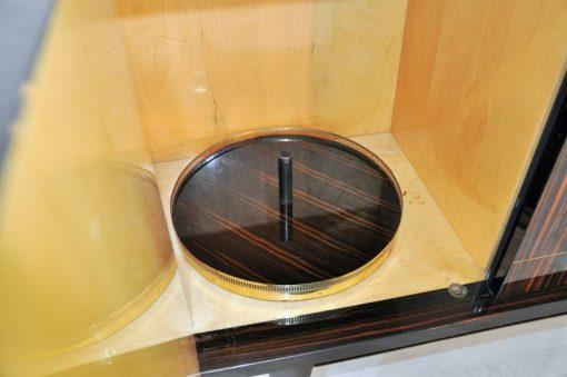 Spitzfüße detailiertes Innenleben typisches Art Deco Design absoluter Eyecatcher!