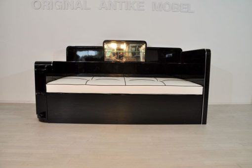 grosses_art_deco_daybed_in_hochglanzschwarz_4
