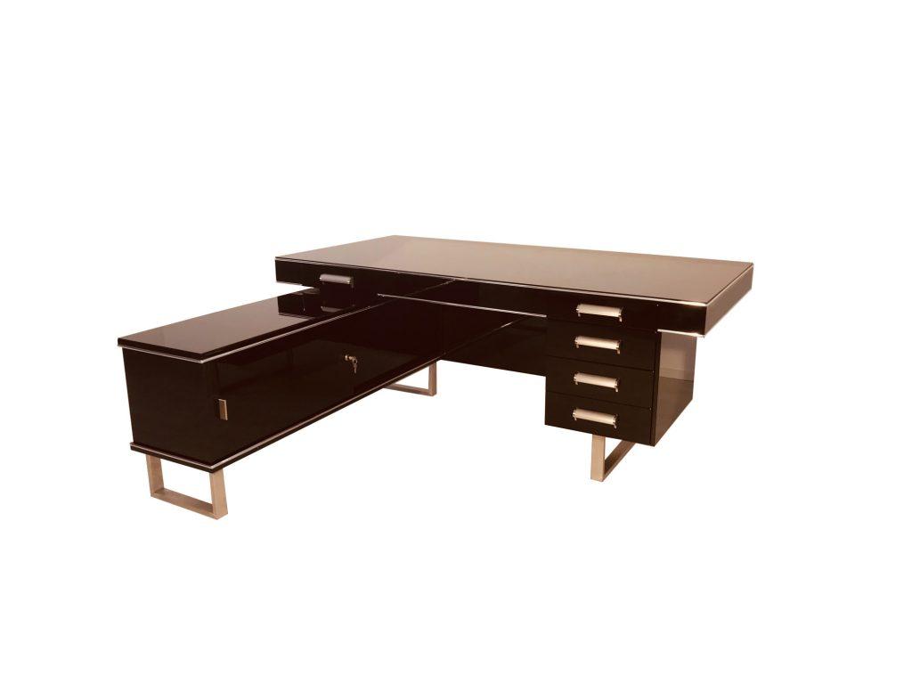 fantastischer bauhaus eckschreibtisch original antike m bel. Black Bedroom Furniture Sets. Home Design Ideas