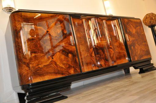 Art Deco, Sideboard, moebel, Buffet, Nussbaum, Wurzelholz, Tueren, serpentinen, Furnier, Furnierbild, einzigartig, schwarz, restauriert
