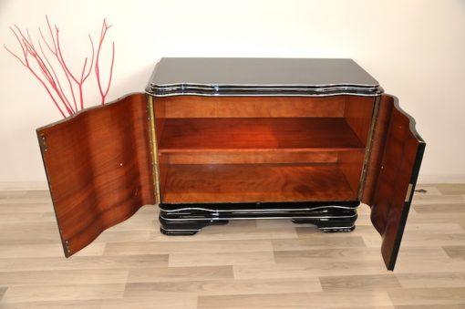 Art Deco, Kommode, Walnuss, kleines Sideboard, Aufbewahrung, Klavierlack, Chromdetails, Wohnzimmer, Moebel, Hochglanz, handpoliert