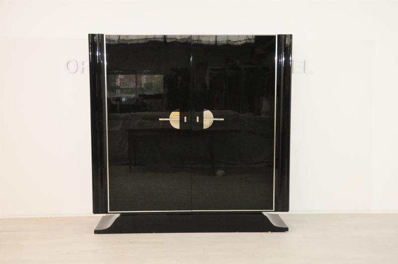 franz sischer art deco schrank in hochglanz schwarz original antike m bel. Black Bedroom Furniture Sets. Home Design Ideas