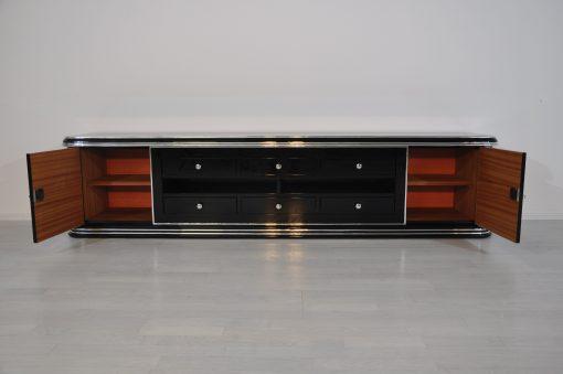 Art Deco Lowboard, Sideboard, Lowboard, Klavierlack, Hochglanzschwarz, Handpoliert, zeitloses Design, Chromleiste, Frankreich 1938, Schwarz, Wohnzimmermöbel