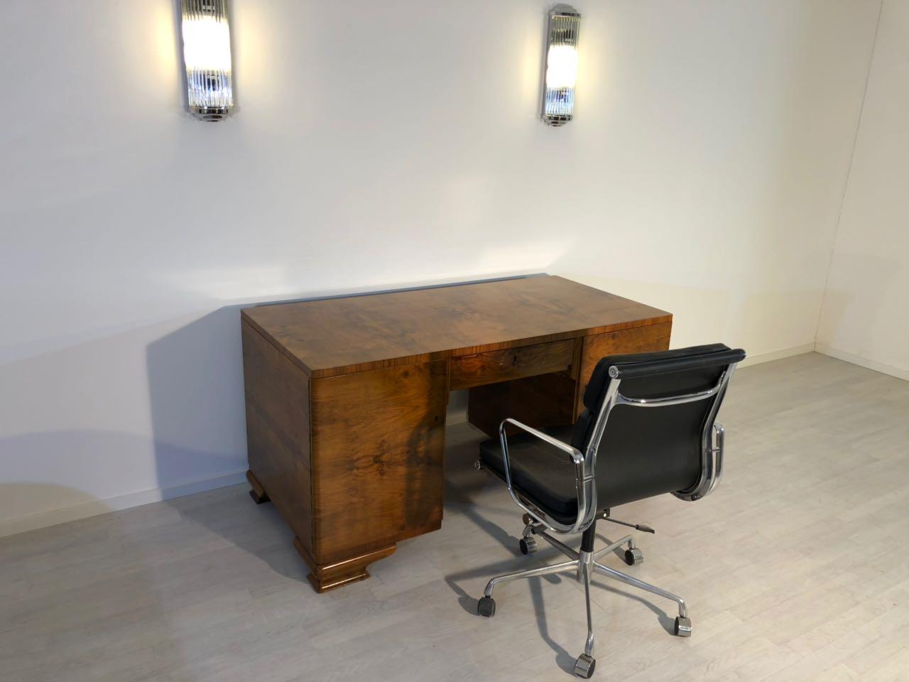 art deco wurzelholz schreibtisch original antike m bel. Black Bedroom Furniture Sets. Home Design Ideas
