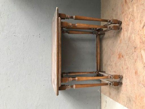 tisch, schachteltisch, unrestauriert, braun, toller Fuß, furnier, antik, wohnzimmer, elegant, muster, luxus, groß, stabil