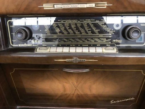 musikbox, unrestauriert, braun, toller Fuß, furnier, antik, wohnzimmer, elegant, muster, luxus, groß, stabil, muster, musik