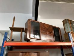 sideboard, unrestauriert, braun, toller Fuß, furnier, antik, wohnzimmer, elegant, muster, luxus, groß, stabil, muster, walnuss