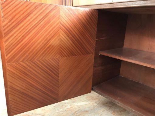 sideboard, unrestauriert, braun, toller Fuß, furnier, antik, wohnzimmer, elegant, muster, luxus, groß, stabil, muster, dunkel