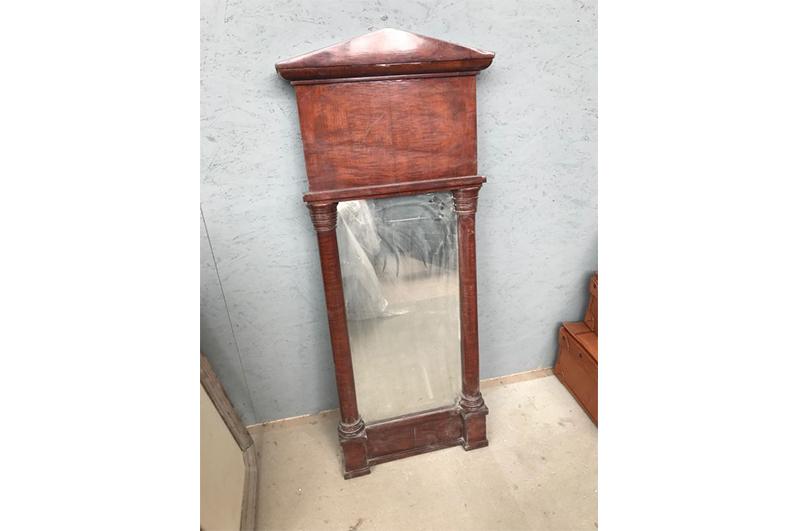 Brauner Unrestaurierter Spiegel Mit Holzdach Original Antike Mobel