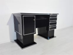 Kleiner Bauhaus Schreibtisch in Hochglanz-Schwarz, Design, Deutschland, 1930er, Lack, Klavierlack, Bueromoebel, Wohnzimmer, Innenausstattung