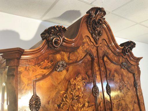 Barock Stil Wohnzimmer Schrank, florale Ornamente, Stil-Moebel, 1970er, geschwunge Schubladen, Stoffbezüge, Spiegel, Glas-Einlegeböden