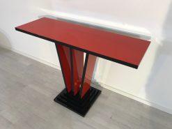 Rote und schwarze Art Deco Design Konsole, Tisch, Moebel, konsolentisch, farbenfroh, Innendesign, Luxusmoebel, Goldkugel, Wohnzimmer
