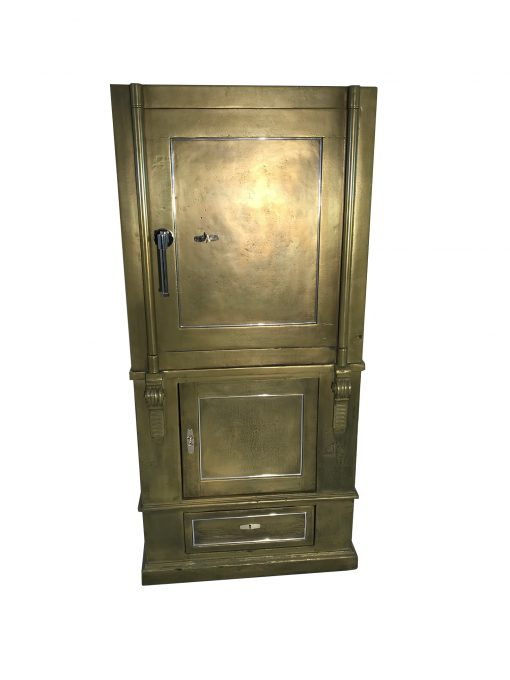 1940er Tresor - Restauriert in Gold und Rot, Tresore, Safes, Design, Möbel, Luxusmöbel, Designmöbel, Innendesign, Restauration