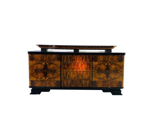 1920er Art Deco Sideboard aus Kaukasischem Nussbaumholz, Kommoden, Möbel, Innendesign, Luxusmöbel, Walnussholz, Furnier, Wohnzimmer