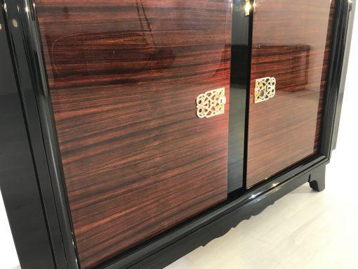 Französische Palisander Kommode oder kleines Sideboard, Design Sideboard, Luxusmöbel, frnazösisches Möbelstück, Innendesign, Aufbewahrung
