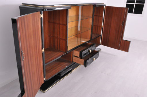 Art Deco Highboard Messinggriffe 1930er Jahre, Art Deco Sideboard, Vitrinenfach, Luxus-Moebel, Restauration, Messing, Antiquitäten, Klavierlack
